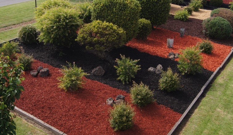 Mulch masters landscape supplies mulch soil plants for Landscaping rocks jacksonville