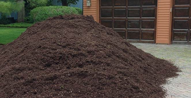 mulch delivery driveway