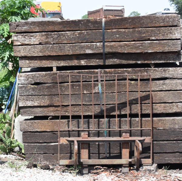 Railroad Ties For Sale, Mulch Masters Jacksonville FL